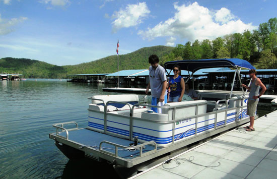 24 Ft Rental Pontoon 10 Person Max